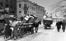 ebrei diretti al ghetto cracovia