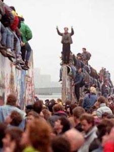 muro_berlino_caduta1260466391